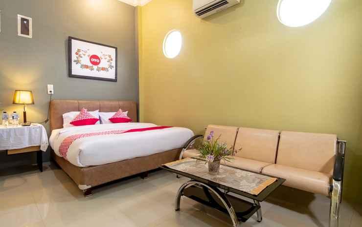 Oyo 1349 Green Elite Syariah Medan - Suite Double