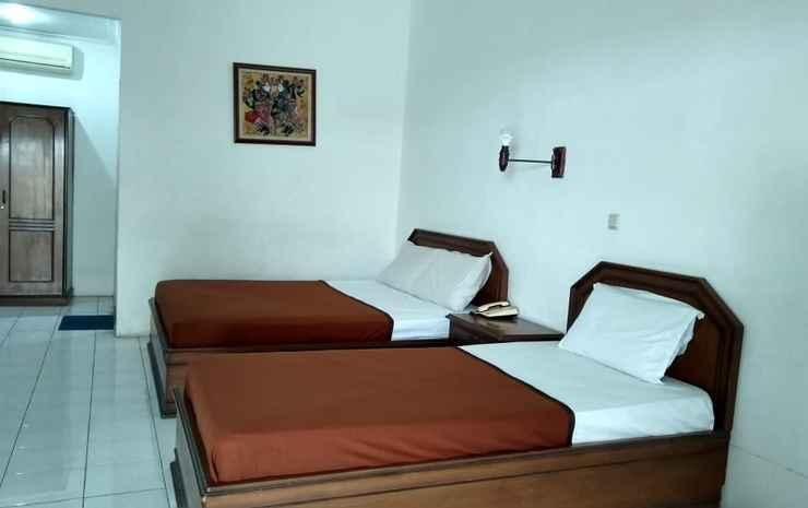 Hotel Sanashtri by SHM Solo - Family Room Only