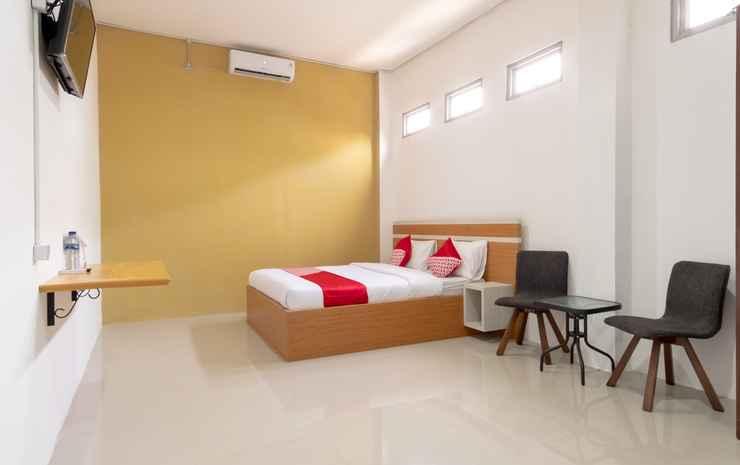 OYO 1400 Barat Residence Syariah Medan - Deluxe Double