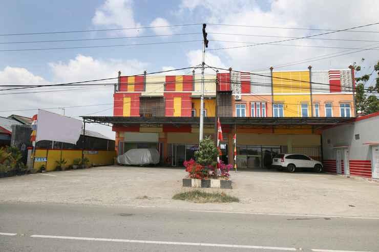 EXTERIOR_BUILDING Airy Eco Syariah FL Tobing KM 8 Tenggarong