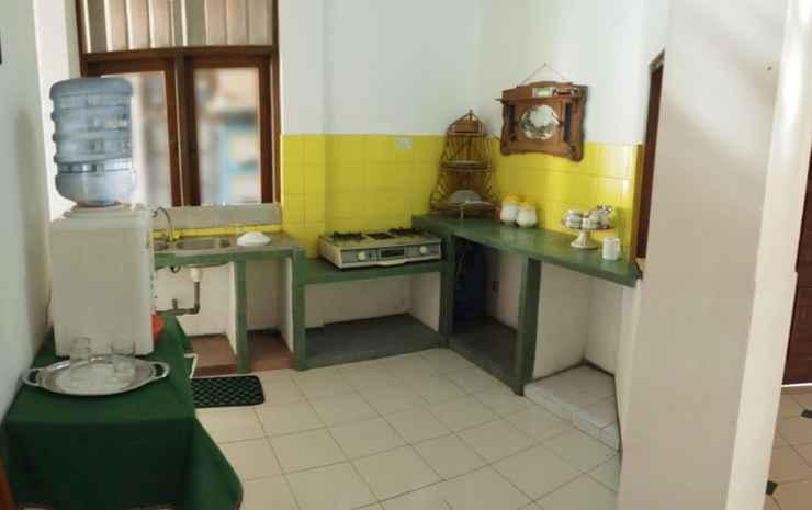 Villa Joglo Nogotirto Jogja -
