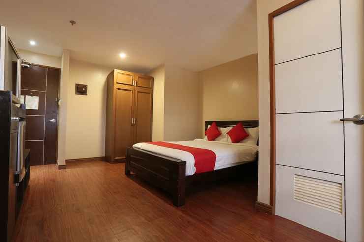 BEDROOM OYO 419 La Scala Residences