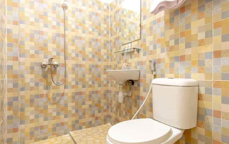 OYO 1457 Tmj Guest House Medan - Standard Double