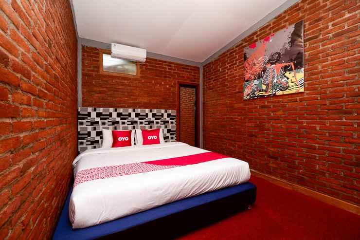 BEDROOM OYO 1808 New Bandungan Indah