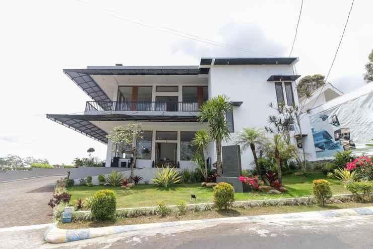 Airy Eco Gunung Kawi Nailun Hamam 2 Malang In Wonosari Malang East Java