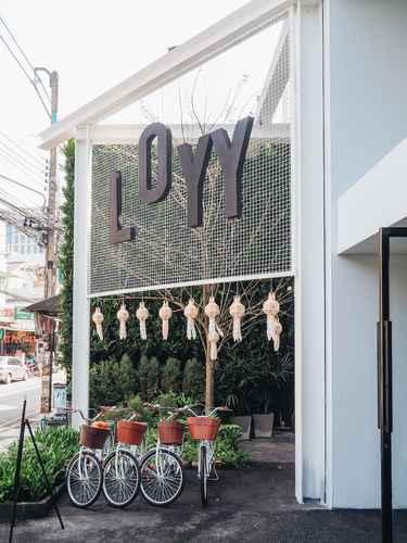 EXTERIOR_BUILDING Loyy Hotel
