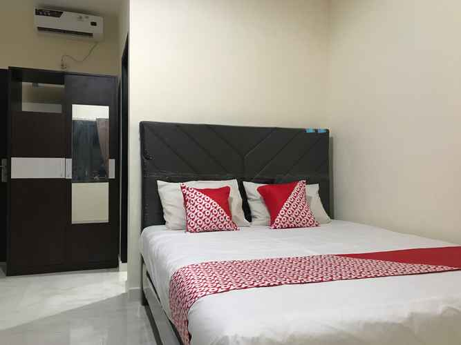 BEDROOM OYO 2129 Toar House Manado