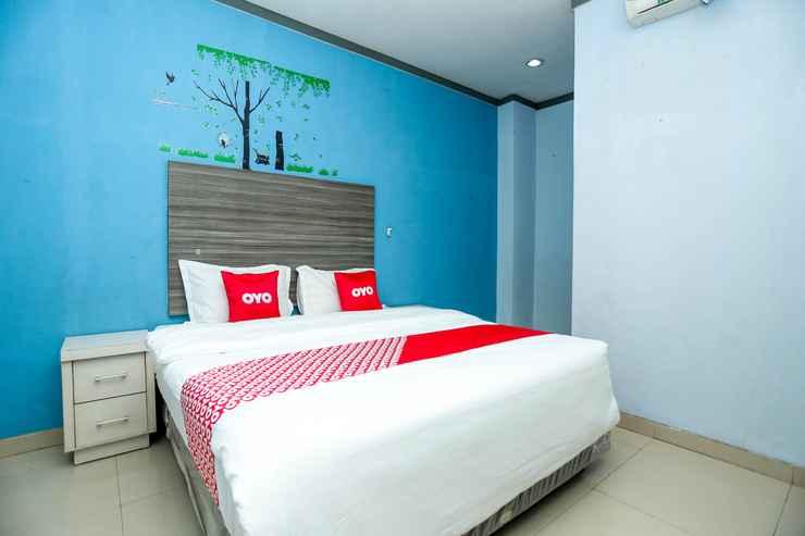 BEDROOM OYO 2197 Pulau Laut Guest House