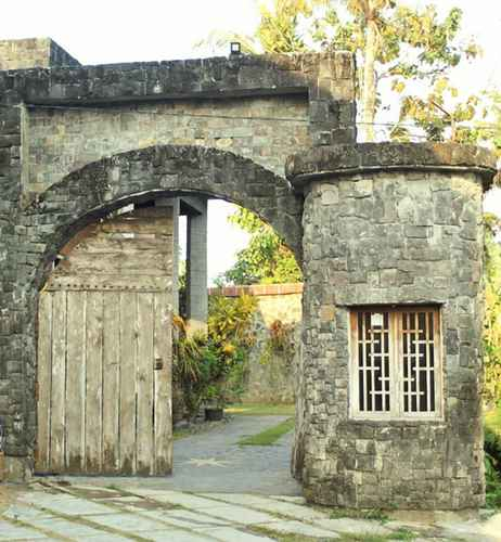 EXTERIOR_BUILDING Villa EDHOST d'Castillo