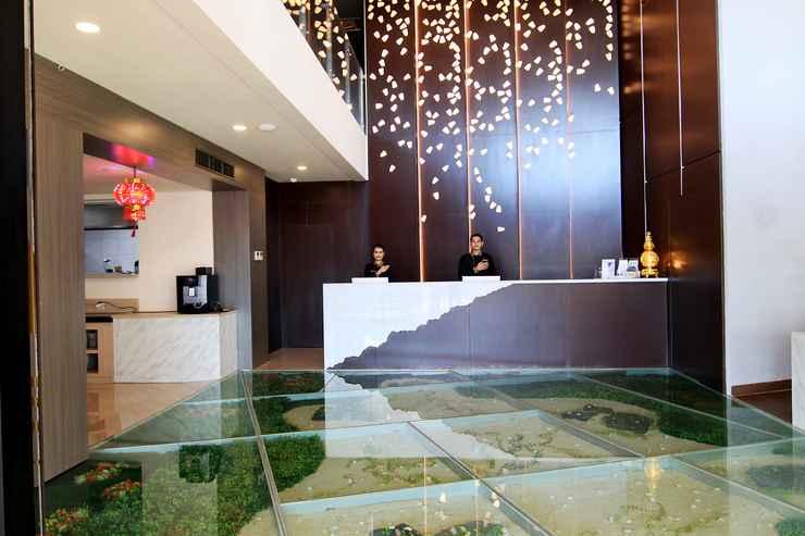 LOBBY Aveon Hotel Yogyakarta by Daphna International