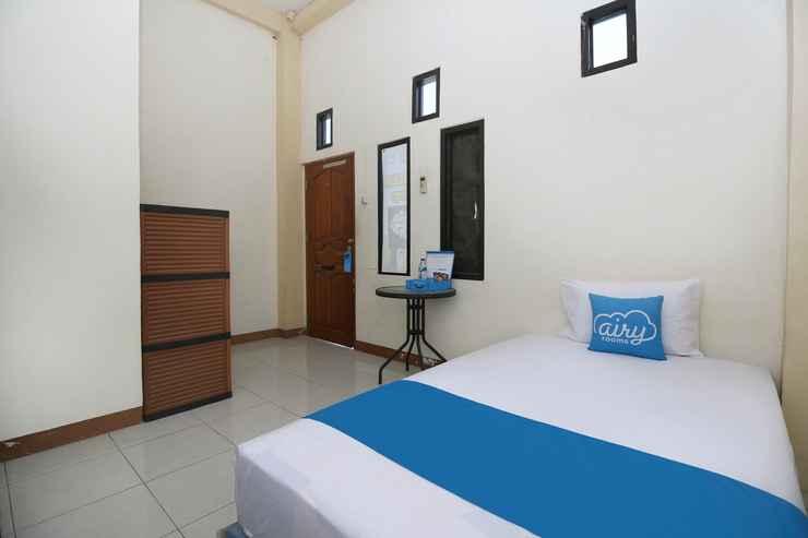 BEDROOM Airy Eco Sario Sesawi 42 Manado