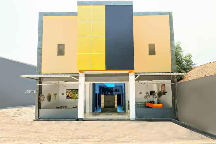 EXTERIOR_BUILDING SPOT ON 2355 Kendal Residence