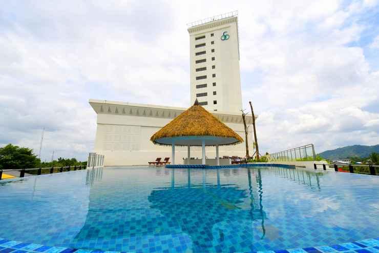 SWIMMING_POOL Mahkota Hotel Singkawang