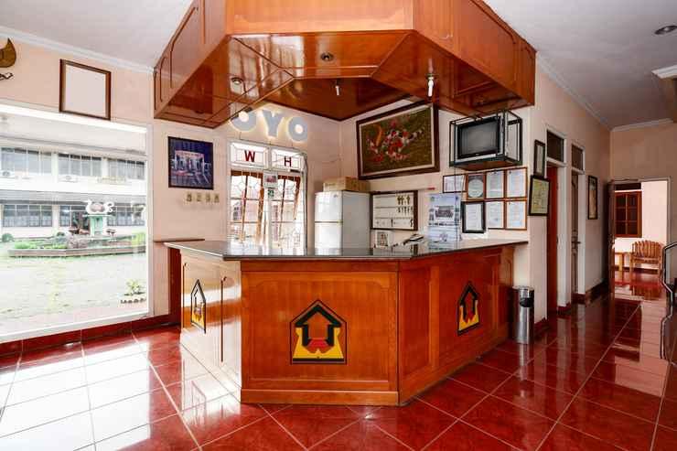 LOBBY OYO 2495 Hotel Wijaya Purwokerto