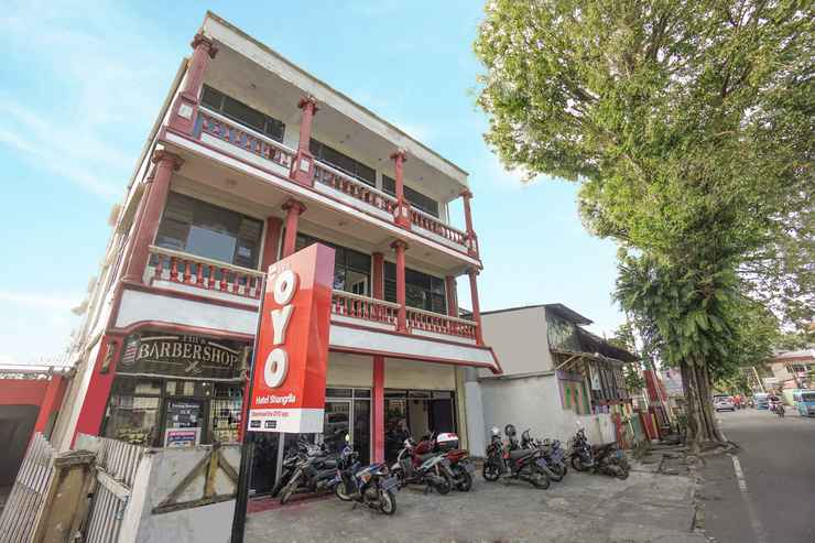 EXTERIOR_BUILDING OYO 2475 Hotel Shangrila
