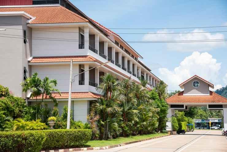 LOBBY Nipa Garden Hotel