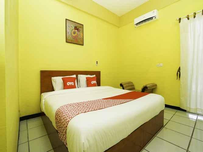 BEDROOM OYO 2493 Lotus Hotel Syariah