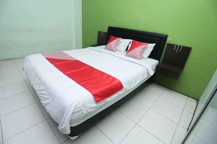 BEDROOM OYO 2524 Royal Borneo Guesthouse