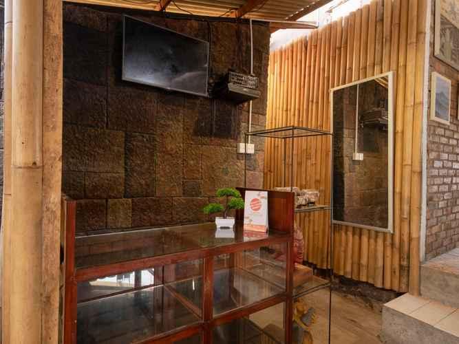 LOBBY OYO 2380 Alea Residence