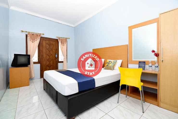 BEDROOM OYO 2240 Simpang Tujuh Residence Kudus