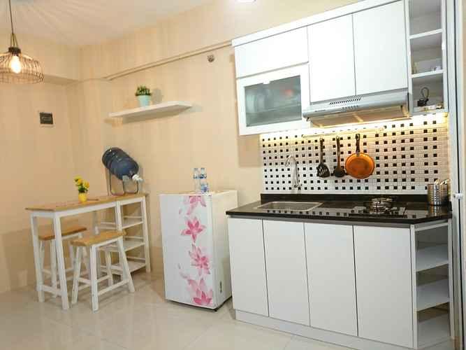 BEDROOM Charming Spacious Room-Green Pramuka City