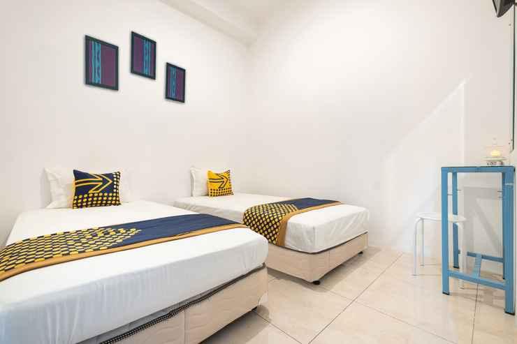 BEDROOM OYO 2296 Star House