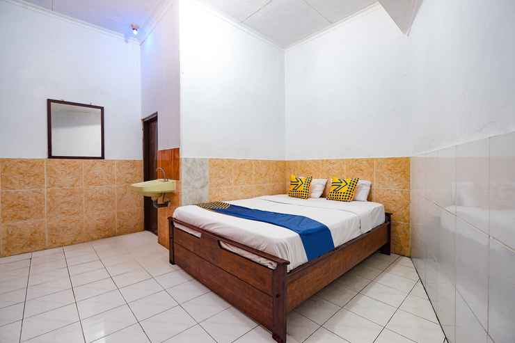 BEDROOM SPOT ON 2865 Sartika Inn Pati