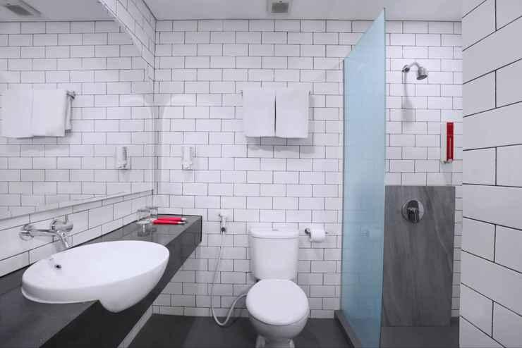 BATHROOM favehotel Prabumulih