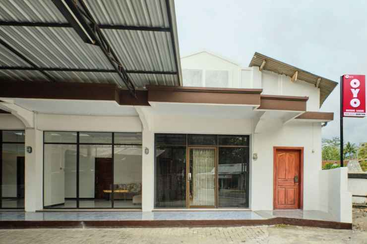 EXTERIOR_BUILDING OYO 2519 Mayang Garini