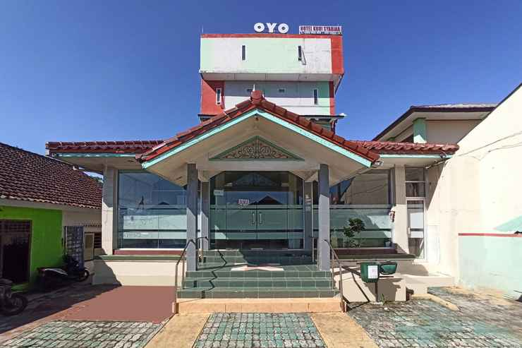 EXTERIOR_BUILDING OYO 2611 Hotel Krui Syariah