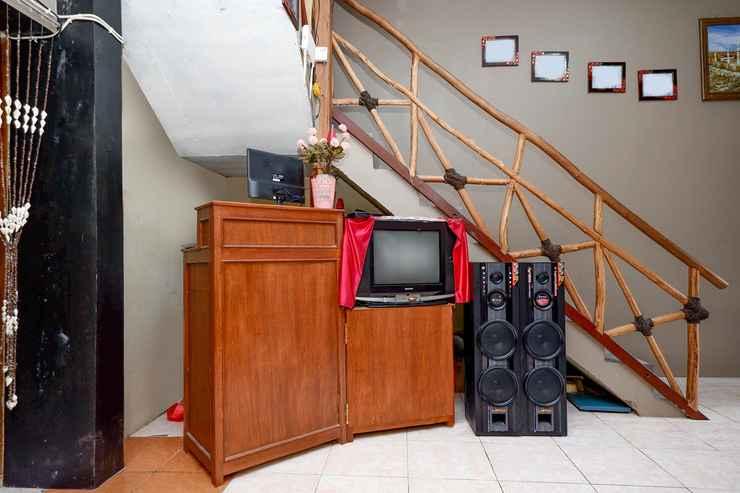 LOBBY OYO 2430 Lisshaffa Residence
