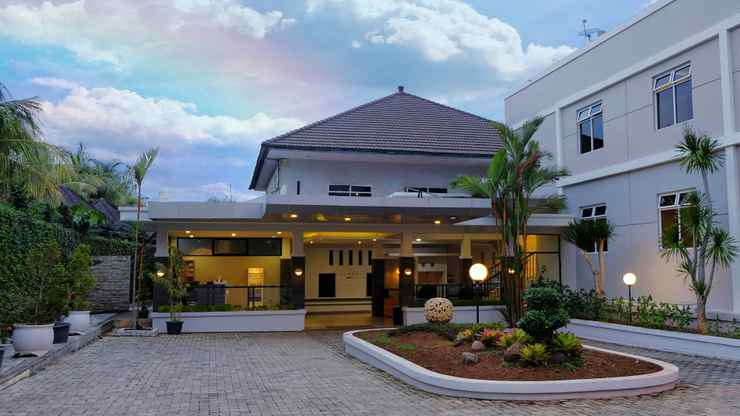 LOBBY Kuraya Residence