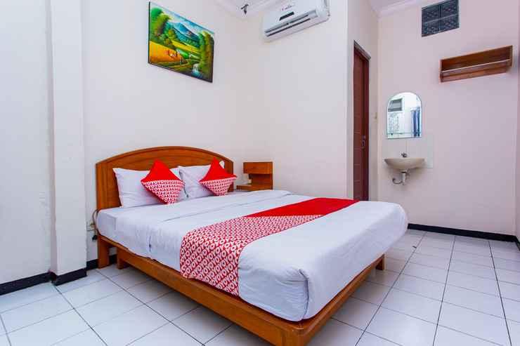 BEDROOM OYO 3042 Griya Karangsalam Indah