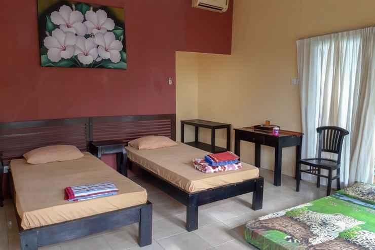 BEDROOM OYO 3070 Villa Lovina Eco Lodge
