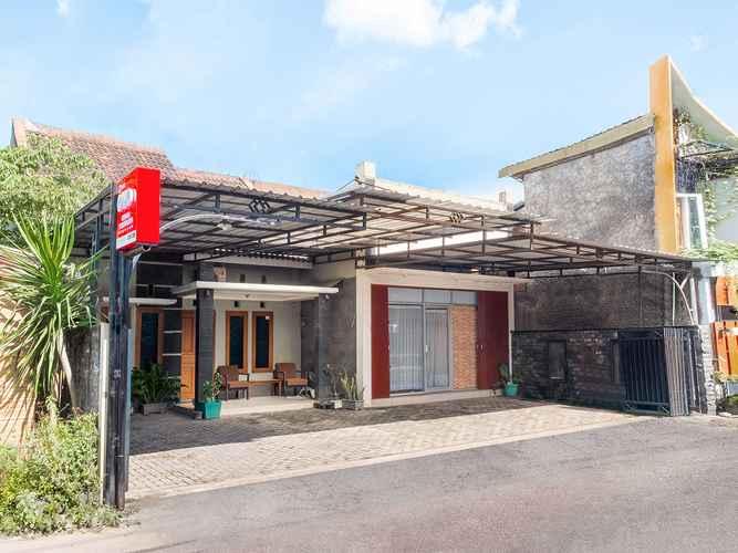 EXTERIOR_BUILDING OYO 2995 Oemah Sorowajan Residence