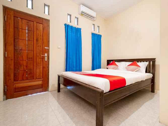 BEDROOM OYO 3076 Lilik Residence Syariah