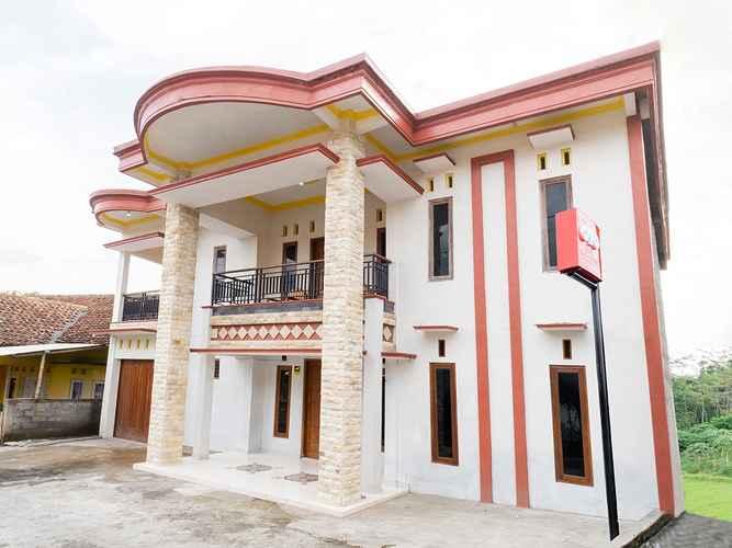 EXTERIOR_BUILDING OYO 3076 Lilik Residence Syariah