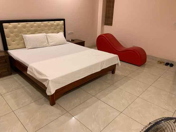 BEDROOM New World Hotel Hanoi