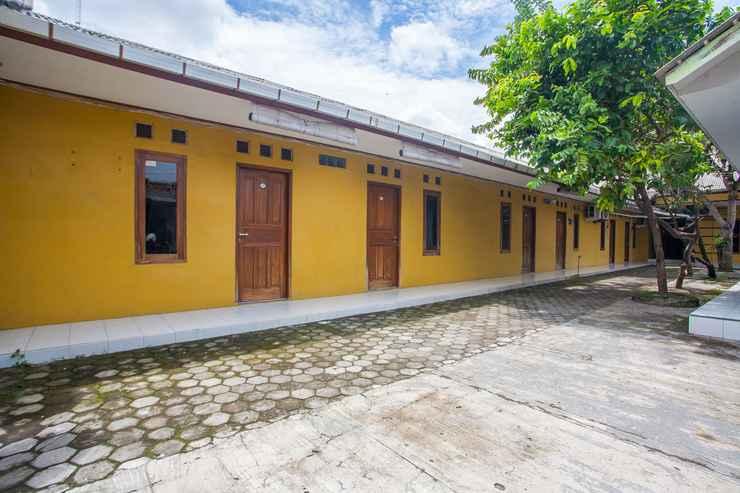 EXTERIOR_BUILDING SPOT ON 2830 Azka Guest House Syariah