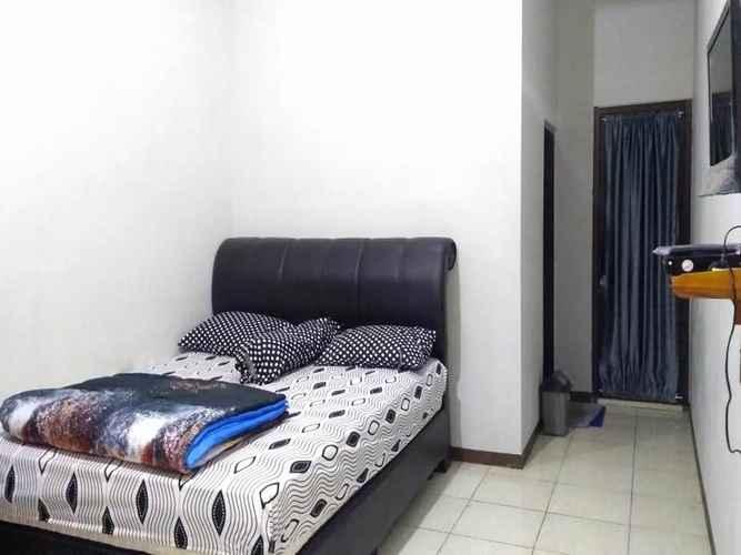 BEDROOM OYO 2769 Homestay Villa Diva Tambi