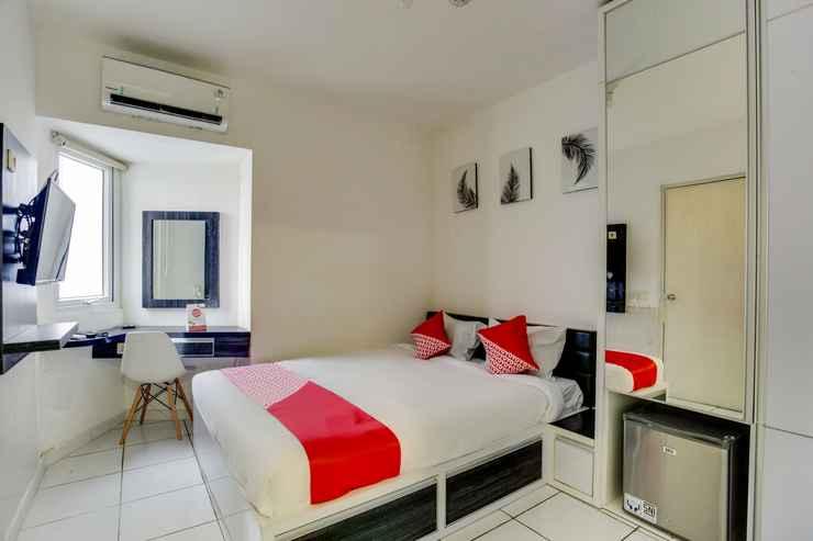 BEDROOM OYO 3247 Afira Rooms Aeropolis