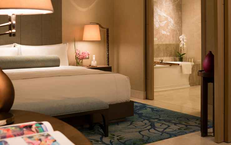 Raffles Jakarta Jakarta - Special Last Minute Offer - Signature Room