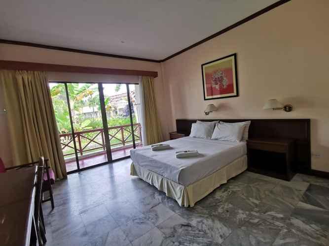 BEDROOM Borneo Paradise Beach Hotel
