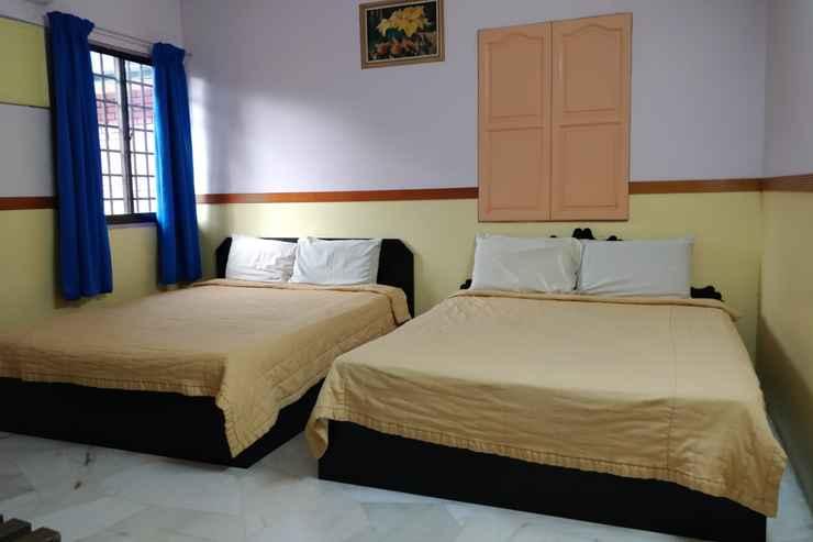 BEDROOM Lumut Villa Inn