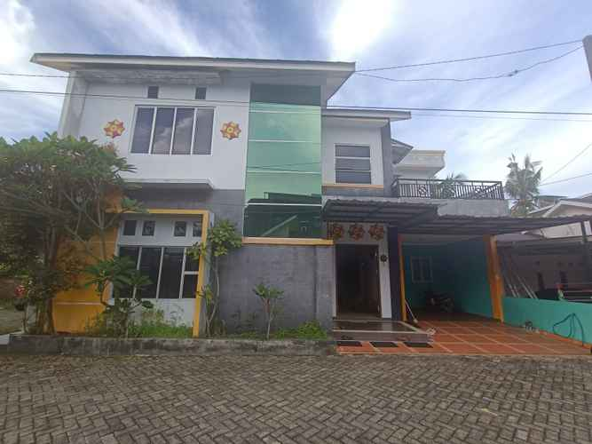 EXTERIOR_BUILDING OYO 3293 Sulthan Ix Guest House
