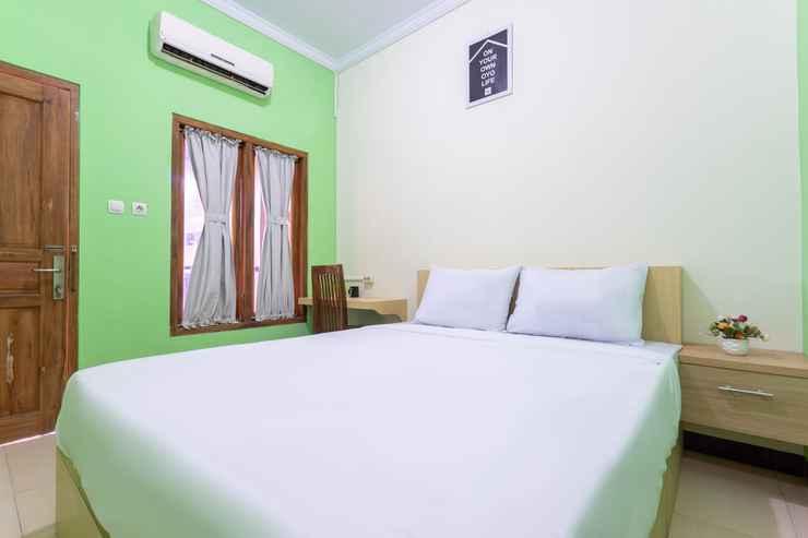 BEDROOM OYO 3003 Wisma Handayani