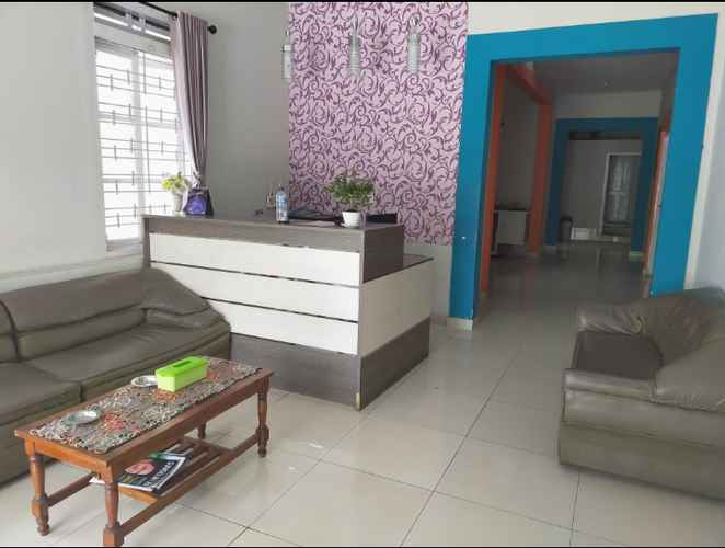 LOBBY OYO 3422 Firza Residence