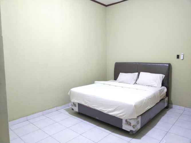 BEDROOM OYO 3422 Firza Residence