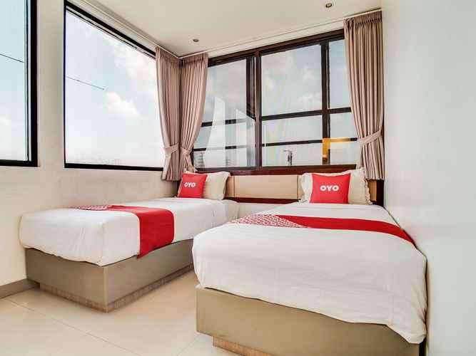 BEDROOM OYO 3735 Liv Hotel