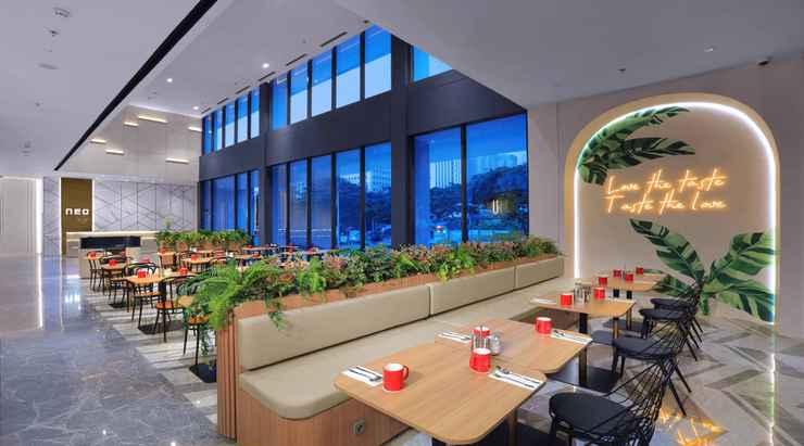 BAR_CAFE_LOUNGE Neo Hotel Puri Indah by ASTON